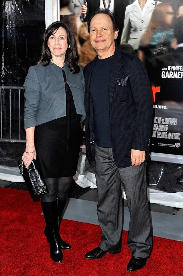 "<a href=""http://movies.yahoo.com/movie/contributor/1800015850"">Billy Crystal</a> and wife Janice attend the New York City premiere of <a href=""http://movies.yahoo.com/movie/1810167411/info"">Arthur</a> on April 5, 2011."
