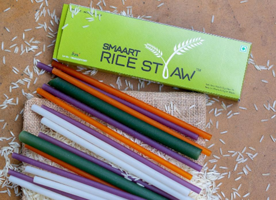 Made from high-quality rice grains, Smaart Rice Straws are perfectly safe for human consumption. You can even use them to feed your pet fishes!