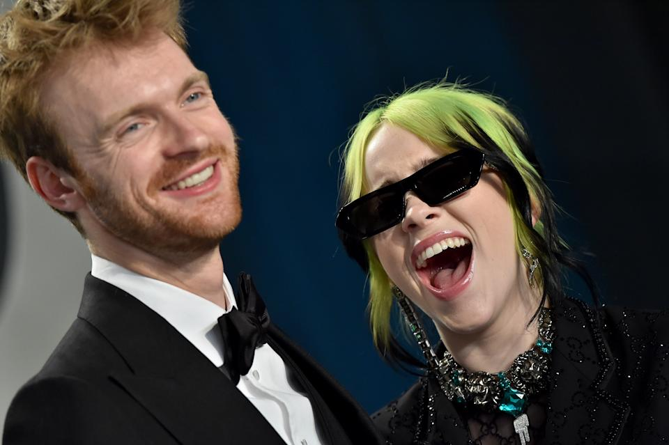 BEVERLY HILLS, CALIFORNIA - FEBRUARY 09: Finneas O'Connell and Billie Eilish attend the 2020 Vanity Fair Oscar Party hosted by Radhika Jones at Wallis Annenberg Center for the Performing Arts on February 09, 2020 in Beverly Hills, California. (Photo by Axelle/Bauer-Griffin/FilmMagic)
