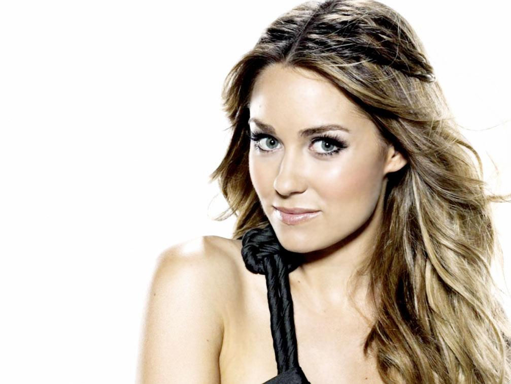 """<a href=""""/lauren-conrad/contributor/2186709"""">Lauren Conrad</a>: The former """"<a href=""""/hills/show/39437"""">Hills</a>"""" star earned an impressive $5 million last year, thanks to her clothing line for Kohl's, her trilogy of young adult books, and gig as Avon spokesperson. She recently suffered a career setback: MTV scrapped her upcoming reality show about her growing fashion line. <a href=""""http://www.hollywoodreporter.com/news/how-bethenny-frankel-used-her-181124"""" rel=""""nofollow"""">Source: The Hollywood Reporter</a>"""