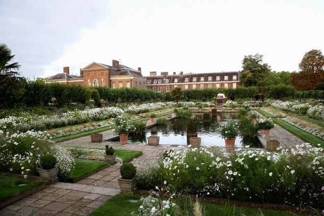 The White Garden, in memory of the late Princess Diana. Source: Getty