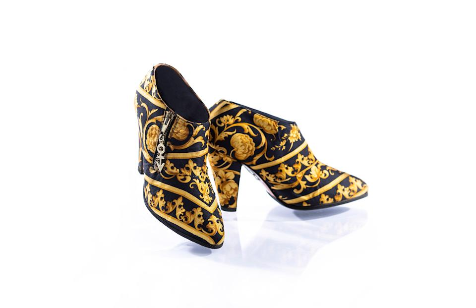 As a gift to Prince, shoemaker Cos Kyriacou worked in collaboration with Donatella Versace to craft these Versace shoes.