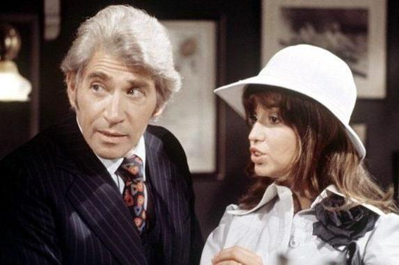 Frank Finlay and Susan Penhaligon in Newman's 1976 TV serial 'Bouquet of Barbed Wire'ITV