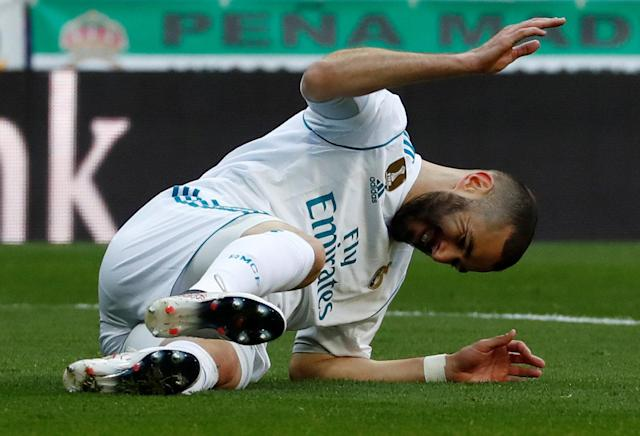 Soccer Football - La Liga Santander - Real Madrid vs Deportivo Alaves - Santiago Bernabeu, Madrid, Spain - February 24, 2018 Real Madrid's Karim Benzema reacts REUTERS/Juan Medina