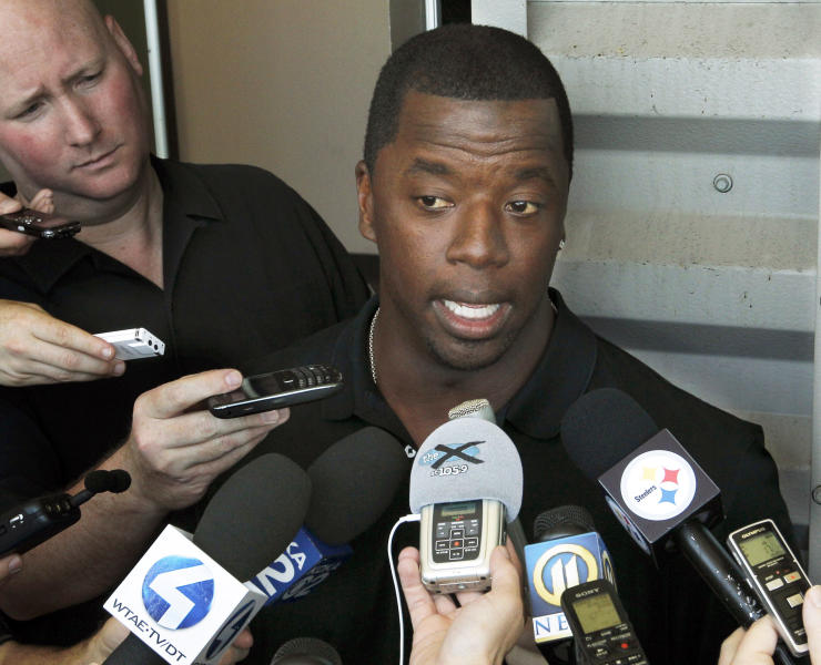 "FILE - This May 30, 2012 file photo shows former NFL quarterback Kordell Stewart talking with reporters about retiring from the Pittsburgh Steelers at the team's headquarters in Pittsburgh. Stewart has filed for divorce from his reality television star wife. In a divorce petition filed Friday in Fulton County Superior Court in Atlanta, Stewart says his marriage to Porsha Williams is ""irretrievably broken"" and the two are separated. The pair appears on Bravo's ""The Real Housewives of Atlanta."" The filing says the two married on May 21, 2011, and have no children together. (AP Photo/Keith Srakocic, file)"