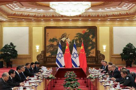 Chinese Premier Li Keqiang (4th L) meets with Israel Prime Minister Benjamin Netanyahu (3rd R) at the Great Hall of the People on March 20, 2017 in Beijing, China. Reuters/Lintao Zhang/Pool