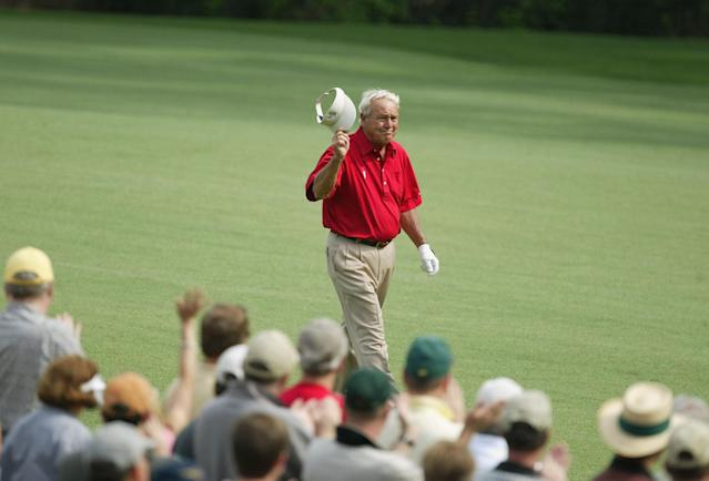 """<h1 class=""""title"""">Masters Second Round</h1> <div class=""""caption""""> Arnold Palmer acknowledges the patrons in his last Masters as a player. </div> <cite class=""""credit"""">David Cannon</cite>"""