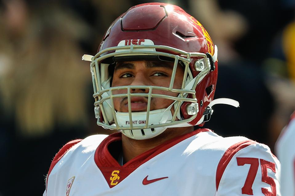 USC's Alijah Vera-Tucker is moving to left tackle this fall and could vie for a spot in Round 1 of the 2021 NFL draft. (Photo by Kevin Abele/Icon Sportswire via Getty Images)