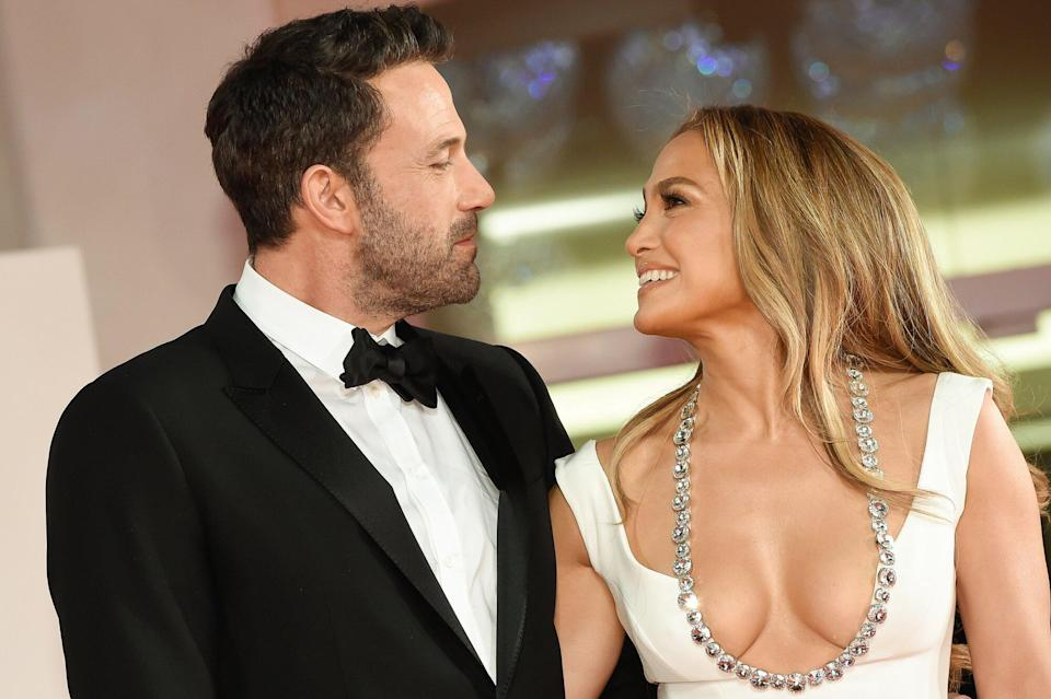 JLo Shared A Kiss With Ben Affleck While Wearing This Lipstick Duo