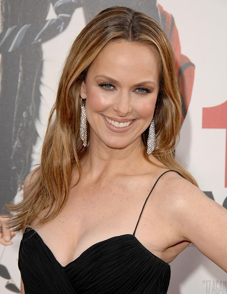 "<a href=""http://movies.yahoo.com/movie/contributor/1800086580"">Melora Hardin</a> at the Los Angeles premiere of <a href=""http://movies.yahoo.com/movie/1810038675/info"">17 Again</a> - 04/14/2009"