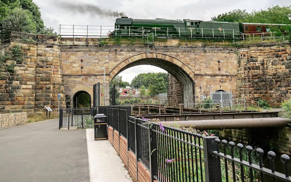 The Flying Scotsman on Skerne Bridge - Peter Giroux/Friends of the S&DR