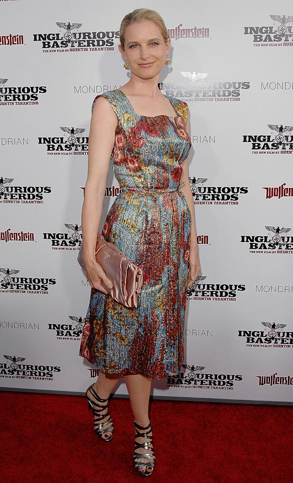 "<a href=""http://movies.yahoo.com/movie/contributor/1800018607"">Bridget Fonda</a> at the Los Angeles premiere of <a href=""http://movies.yahoo.com/movie/1808404206/info"">Inglourious Basterds</a> - 08/10/2009"