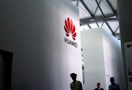 United States steps back from Huawei ban