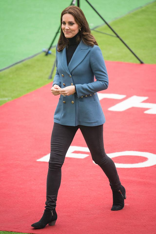 <p>Kate proved she's a fan of Philosophy di Lorenzo Serafini, as she now owns two of the brand's cult blazers. This time, the Duchess of Cambridge donned a powder blue version at the London Stadium. <em>[Photo: Getty]</em> </p>