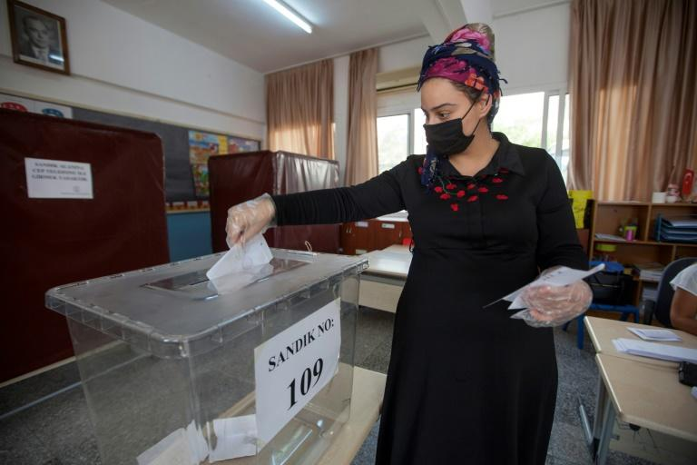 Turkish Cypriots vote for new leader amid east Med tensions
