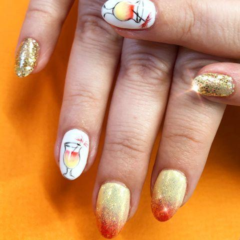 """<p>If only these nails could transport us to the beach that would be great...</p><p><a href=""""https://www.instagram.com/p/Bgi5jr4AE5i/"""" rel=""""nofollow noopener"""" target=""""_blank"""" data-ylk=""""slk:See the original post on Instagram"""" class=""""link rapid-noclick-resp"""">See the original post on Instagram</a></p>"""