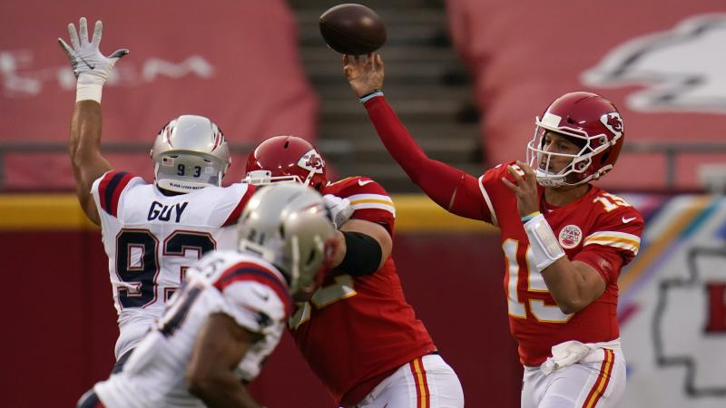 New England Patriots struggle without Cam Newton in loss to Kansas City Chiefs