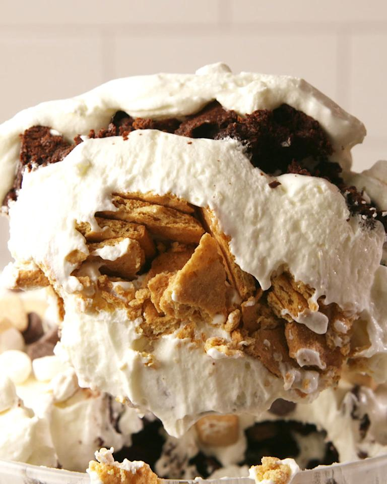 "<p>The next best thing when you don't have a fire pit.</p><p>Get the recipe from <a rel=""nofollow"" href=""http://www.delish.com/cooking/recipe-ideas/recipes/a56624/smores-trifle-recipe/"">Delish</a>.<br></p>"