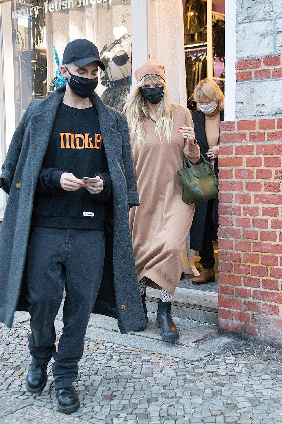 <p>Heidi Klum and her brother-in-law Bill Kaulitz went shopping in Germany.</p>