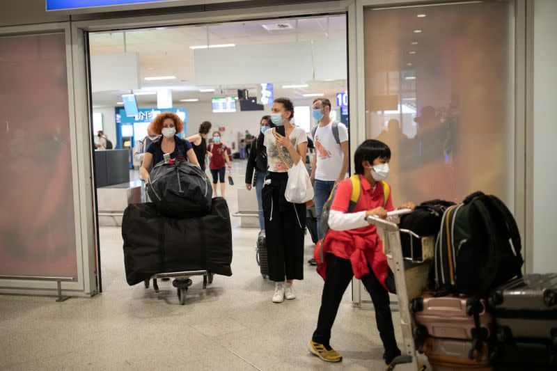 Greece bans flights from Barcelona, extends COVID-19 travel restrictions
