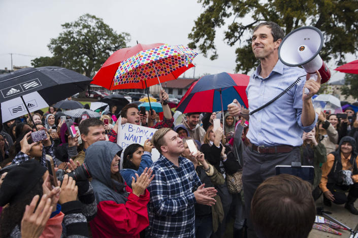 """Beto O'Rourke, the Democratic challenger for the Senate in Texas, at one of his """"pop-up"""" campaign events. (Photo: Amanda Voisard/Austin American-Statesman via AP)"""