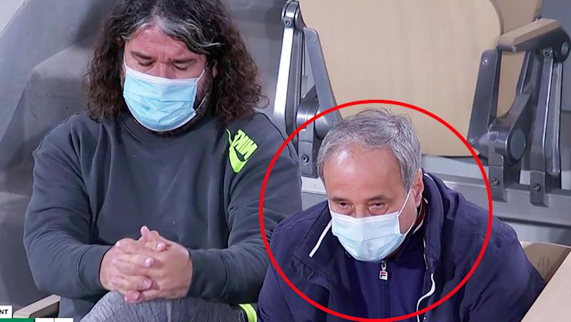 Sofia Kenin's coach and father, pictured here sitting right next to Fiona Ferro's coach.
