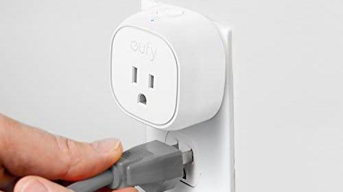 Best affordable gifts that look expensive: Eufy Smart Plug