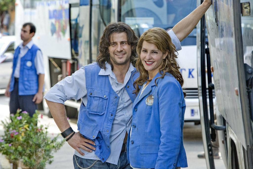 "<a href=""http://movies.yahoo.com/movie/contributor/1808756111"">Alexis Georgoulis</a> and <a href=""http://movies.yahoo.com/movie/contributor/1804536542"">Nia Vardalos</a> in Fox Searchlight's <a href=""http://movies.yahoo.com/movie/1809945090/info"">My Life in Ruins</a> - 2009"