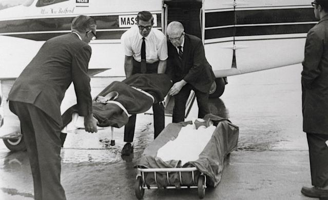 <p>The body of Mary Jo Kopechne, former employee of the late Sen. Robert F. Kennedy, is removed from a charter plane at Wilkes-Barre-Scranton airport and taken to a Plymouth, Pa. funeral home. Miss Kopechne died July18, 1969, at Edgartown, Martha's Vineyard in a car driven by Sen. Edward M. Kennedy, after it plunged into an island pond. (Photo: Bettmann/Getty Images) </p>
