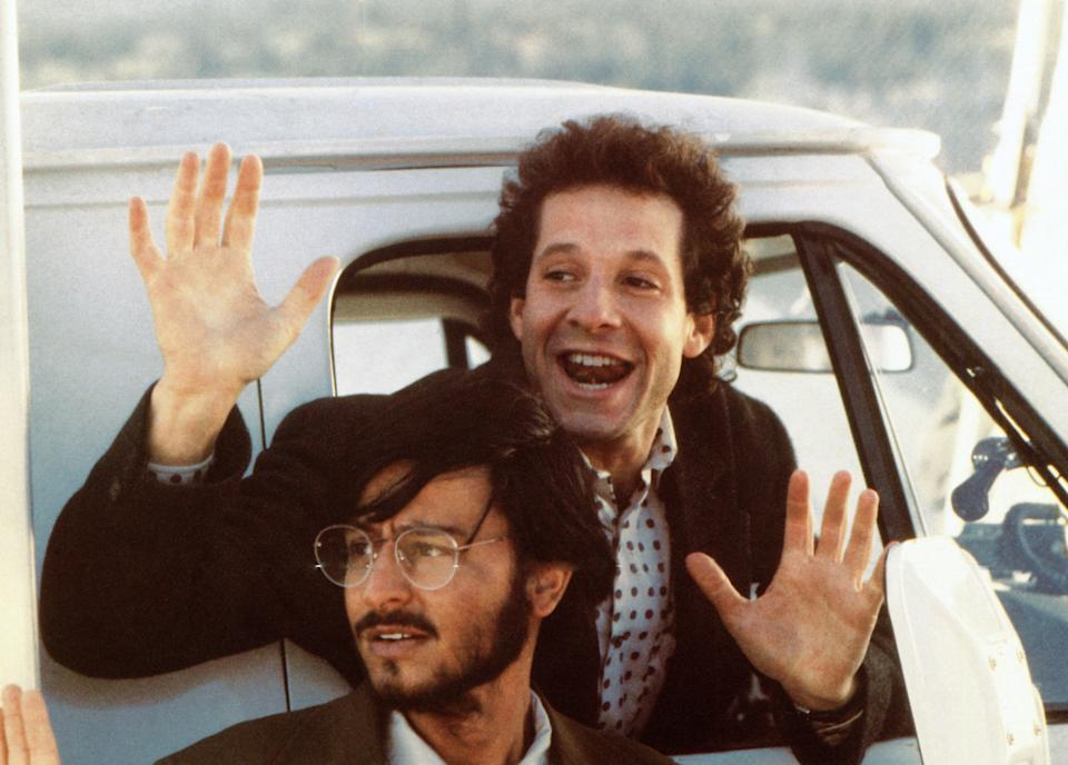 Stevens and Steve Guttenberg in the 1986 comedy 'Short Circuit' (Photo: TriStar Pictures/courtesy Everett Collection)