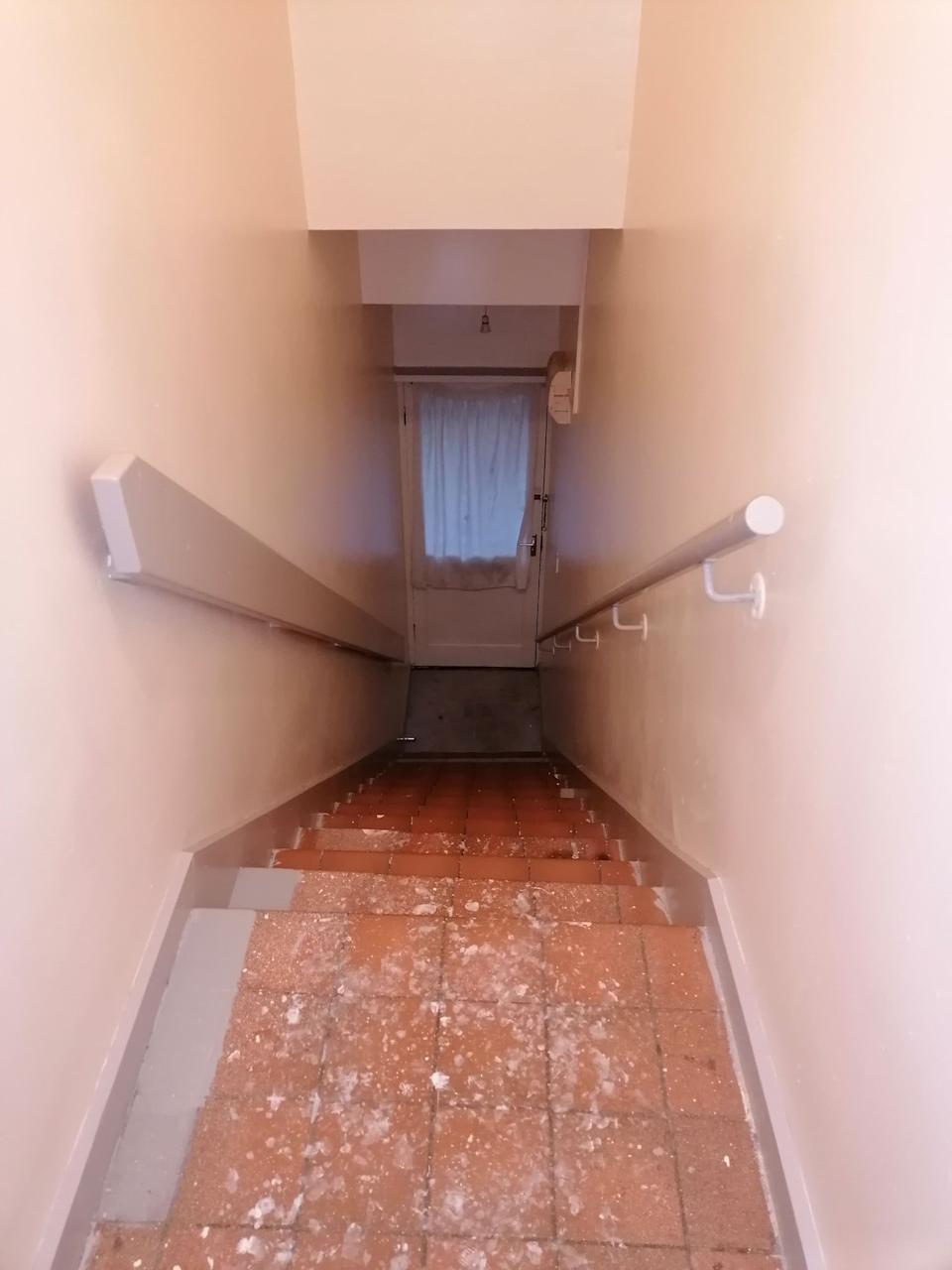 The stairway before was pretty drab. (Supplied latestdeals.co.uk)