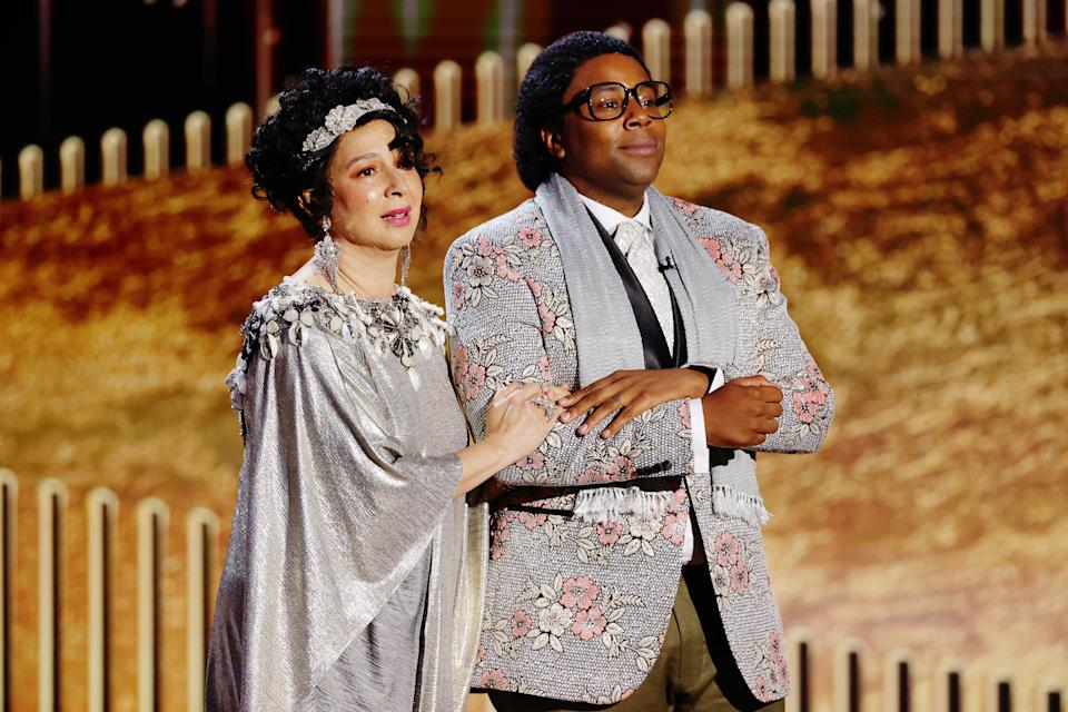 BEVERLY HILLS, CALIFORNIA: 78th Annual GOLDEN GLOBE AWARDS -- Pictured: (l-r) Maya Rudolph and Kenan Thompson perform a skit onstage at the 78th Annual Golden Globe Awards held at The Beverly Hilton and broadcast on February 28, 2021 in Beverly Hills, California. -- (Photo by Rich Polk/NBCUniversal/NBCU Photo Bank via Getty Images)
