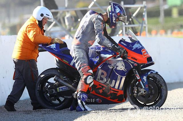 "Iker Lecuona, Red Bull KTM Tech 3 - 1 caída <span class=""copyright"">Gold and Goose / Motorsport Images</span>"