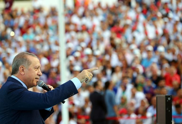 Erdogan tells Turks in Germany to vote against Merkel and allies