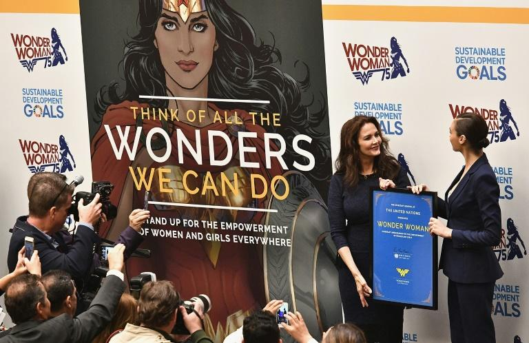 Actors Lynda Carter and Gal Gadot attend the Wonder Woman UN Ambassador Ceremony at United Nations on October 21, 2016 in New York City