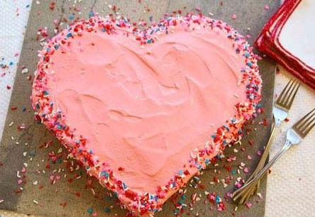 """<p>Don't worry, there's instructions on how to successfully cut a heart shape.<i>[Photo: <a href=""""http://daisy-pickers.tumblr.com/post/52005303431/diy-heart-cake-great-for-any-occasion-click"""" rel=""""nofollow noopener"""" target=""""_blank"""" data-ylk=""""slk:Daisy Picker's Tumblr"""" class=""""link rapid-noclick-resp"""">Daisy Picker's Tumblr</a>]</i></p>"""