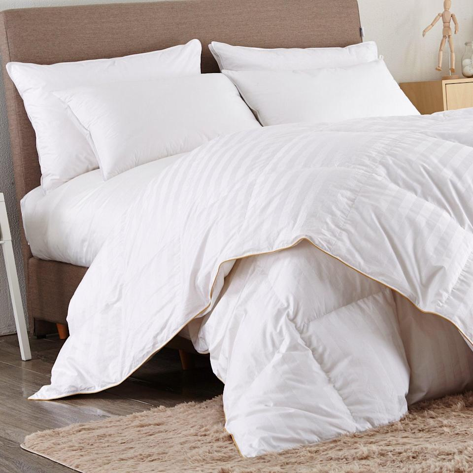 "<br><br><strong>Alwyn Home</strong> 500 All Season Goose Down Comforter, $, available at <a href=""https://go.skimresources.com/?id=30283X879131&url=https%3A%2F%2Fwww.wayfair.com%2Fbed-bath%2Fpdp%2Falwyn-home-500-all-season-goose-down-comforter-w002771921.html"" rel=""nofollow noopener"" target=""_blank"" data-ylk=""slk:Wayfair"" class=""link rapid-noclick-resp"">Wayfair</a>"