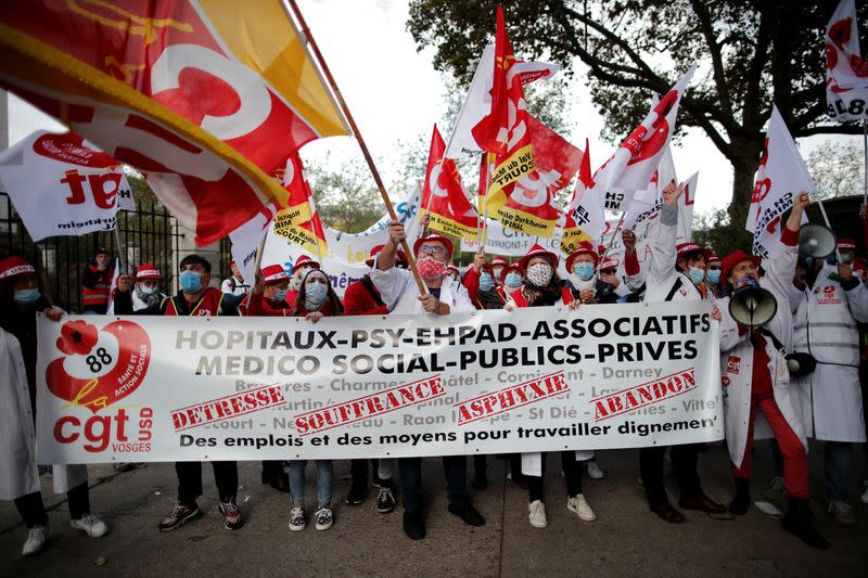 'Exhausted' French healthcare workers tell Macron to hire more medics