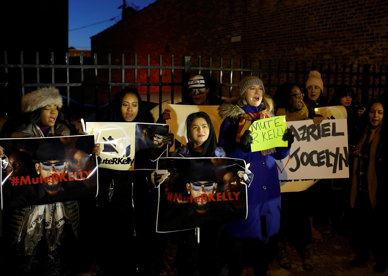 Demonstrators gather to show support for survivors of sexual abuse following a television documentary series on singer R. Kelly. (Photo: Joshua Lott/Reuters)
