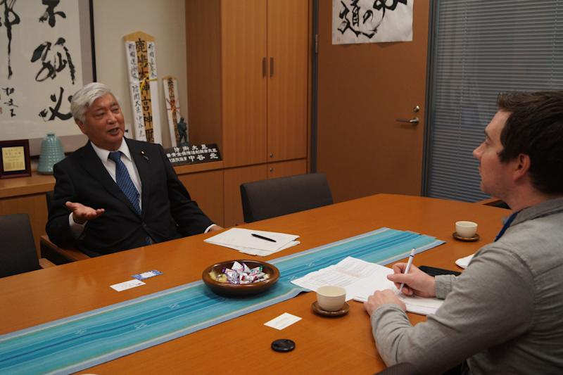 Gen Nakatani, the former Minister of Defense for Japan, talks to Yahoo News journalist Michael Walsh about the threat of North Korea in his Tokyo office on Nov. 9, 2017.(Photo: Michael Walsh/Yahoo News)