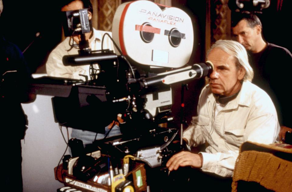 Jan de Bont on the set of the 1999 horror film, 'The Haunting' (Photo: DreamWorks/Courtesy Everett Collection)