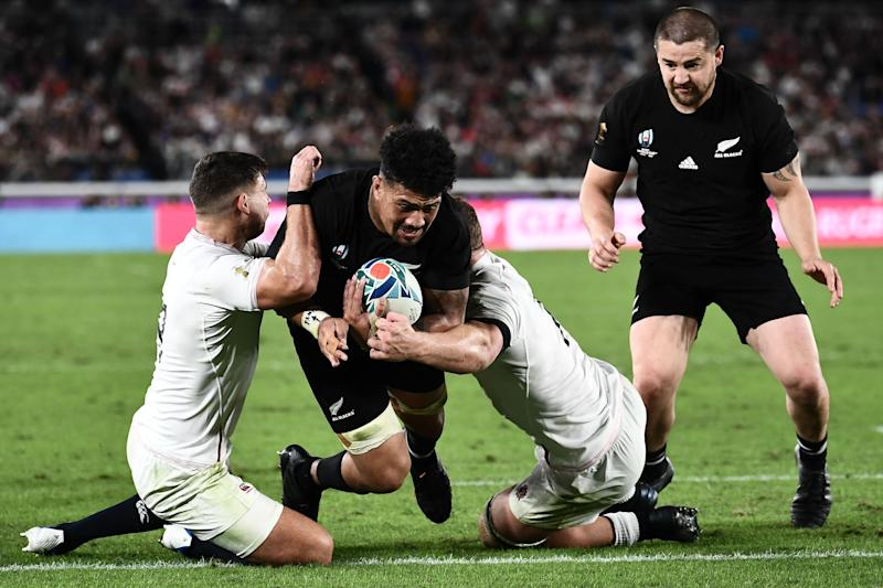 New Zealand's flanker Ardie Savea (2nd L) scores a try during the Japan 2019 Rugby World Cup semi-final match between England and New Zealand at the International Stadium Yokohama in Yokohama on October 26, 2019. (Photo by Anne-Christine POUJOULAT / AFP) (Photo by ANNE-CHRISTINE POUJOULAT/AFP via Getty Images)