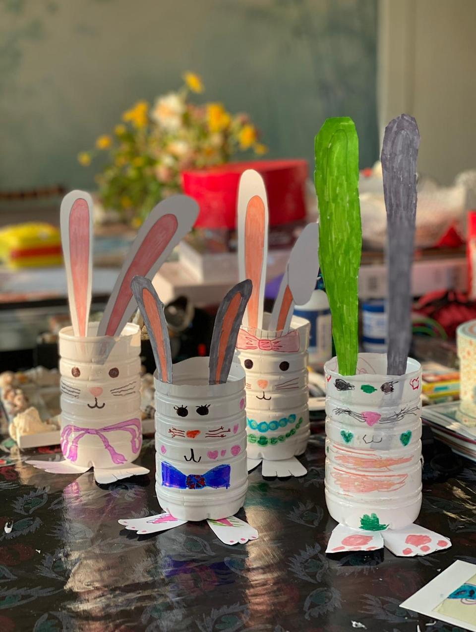 "<div class=""caption""> An Easter-themed project. </div>"