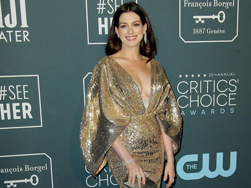 Anne Hathaway dazzles in gold at 2020 Critics' Choice Awards