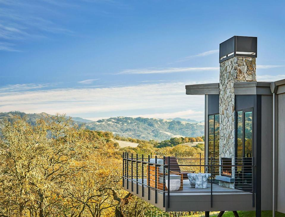 """<p>Sonoma Valley has always (unfairly) played second fiddle to Napa, the oenophilic paradise to its east. The recently completed <a href=""""https://www.montagehotels.com/healdsburg/"""" rel=""""nofollow noopener"""" target=""""_blank"""" data-ylk=""""slk:Montage Healdsburg"""" class=""""link rapid-noclick-resp"""">Montage Healdsburg</a>, a handsome new resort of 130 suites, is already giving the never-Merlot snobs a run for their money. Immersed in nature, the 258-acre property is dotted with 22,000 oak trees along with the requisite grape vines, the dream vibe for a wine lover with a yen for modern architecture. The villa-style layout, conceived by <a href=""""https://edgdesign.com/"""" rel=""""nofollow noopener"""" target=""""_blank"""" data-ylk=""""slk:EDG Design"""" class=""""link rapid-noclick-resp"""">EDG Design</a>, <a href=""""https://delawie.com/"""" rel=""""nofollow noopener"""" target=""""_blank"""" data-ylk=""""slk:Delawie"""" class=""""link rapid-noclick-resp"""">Delawie</a>, and <a href=""""http://www.le-architecture.com/"""" rel=""""nofollow noopener"""" target=""""_blank"""" data-ylk=""""slk:Le Architecture"""" class=""""link rapid-noclick-resp"""">Le Architecture</a>, is made up of individual bungalows, a scheme that allows guests time and freedom to explore without rubbing elbows with their fellow visitors (if they prefer). After all, you may want a little peace and quiet as you commune with Mother Earth and ply yourself with Pinot Noir. </p><p><a class=""""link rapid-noclick-resp"""" href=""""https://go.redirectingat.com?id=74968X1596630&url=https%3A%2F%2Fwww.tripadvisor.com%2FHotel_Feature-g32482-d21177264-zft1-Montage_Healdsburg.html&sref=https%3A%2F%2Fwww.elledecor.com%2Flife-culture%2Ftravel%2Fg36492996%2Fbest-american-hotels-2021%2F"""" rel=""""nofollow noopener"""" target=""""_blank"""" data-ylk=""""slk:Book Now"""">Book Now</a> </p>"""