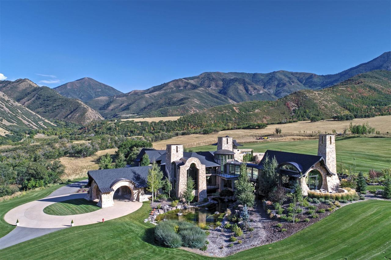 <p>Spread over 30 acres of pristine Utah countryside, the family home and ranch was designed by leading US architect Michael Upwall. </p>