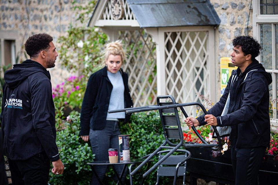 <p>Dawn makes sure Billy knows exactly what happened, leaving Ellis with some explaining to do.</p>