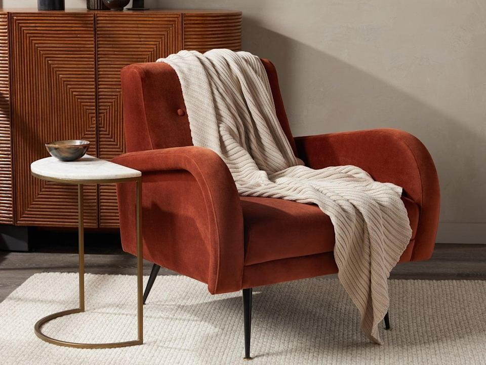 """<p>""""Cozy fall movie nights are in full swing, and this <span>Parachute Oversized Knit Throw</span> ($99) looks perfect for cuddling up on the couch with a warm cup of hot chocolate."""" - CV</p>"""