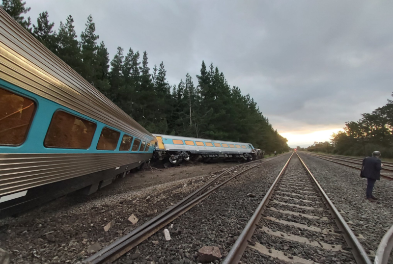 One carriage rests on an embankment about 10 metres from the tracks. Source: Dr Scott Rickard/ Twitter