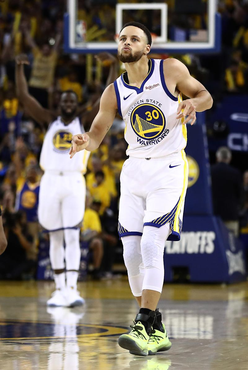 e576a59aba2 Curry's 38 points lead Warriors to Game 1 win over Clippers